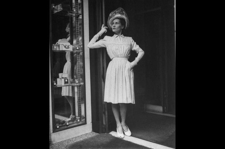 Paris Fashion, 1944