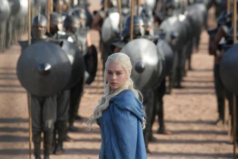 Emilia Clarke - photo Helen Sloane-HBO (3)