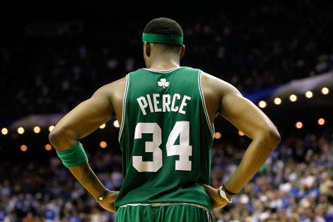 Boston Celtics v Orlando Magic, Game 2