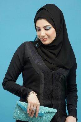 arab_woman_headscarf_0506